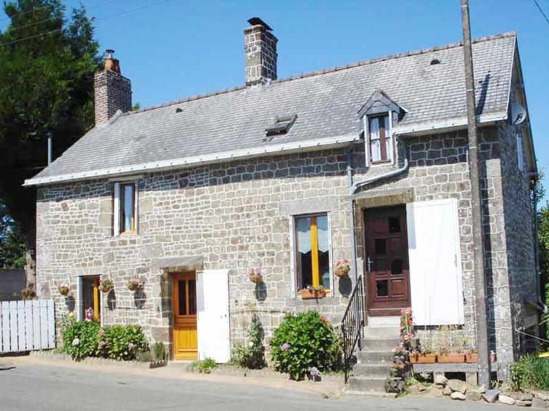 Maison à vendre à ST MARS SUR COLMONT(53300) - Mayenne