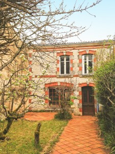 French property, houses and homes for sale in ARCAIS Deux_Sevres Poitou_Charentes