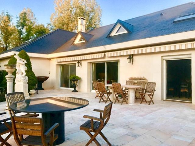 maison vendre en ile de france val de marne santeny propri t d 39 exception 425m parc d 39 1. Black Bedroom Furniture Sets. Home Design Ideas
