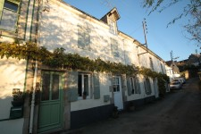 French property for sale in GUEMENE SUR SCORFF, Morbihan - €320,000 - photo 3