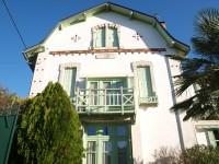 French property for sale in SAUZE VAUSSAIS, Deux Sevres - €288,900 - photo 2