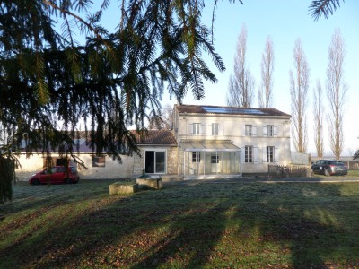 French property, houses and homes for sale in ST GENIS DE SAINTONGE Charente_Maritime Poitou_Charentes
