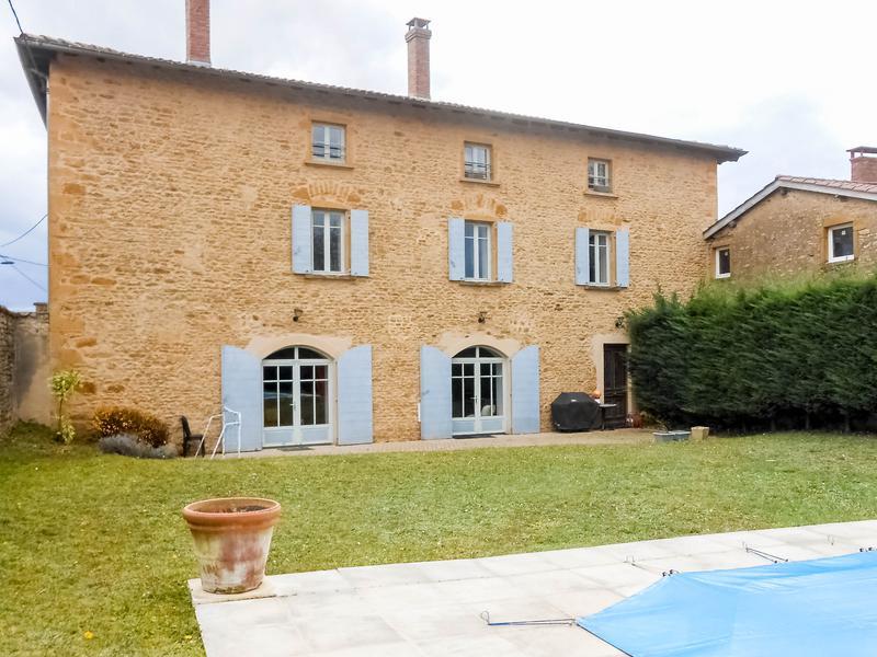 Maison vendre en rhone alpes rhone oingt grande maison for Acheter maison beaujolais