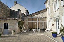 French property for sale in VIBRAC, Charente - €280,000 - photo 2