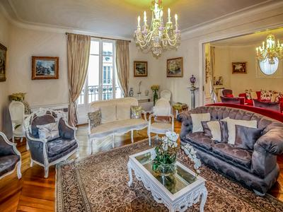 75016 - 16th - 250sqm - 4 Bedroom - Rare - Exceptional reception apartment , bright and quiet, between Trocadéro and Victor Hugo