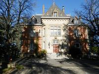 Château magnifique du 19ème siècle à l'orée de Brive la Gaillarde.