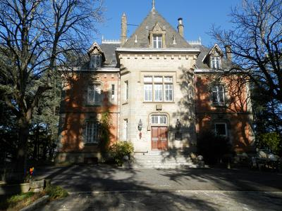 French property, houses and homes for sale in BRIVE LA GAILLARDE Correze Limousin