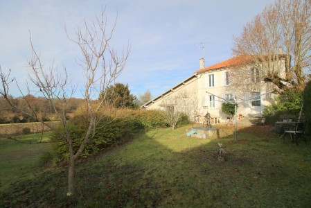French property, houses and homes for sale in REIGNAC Charente Poitou_Charentes