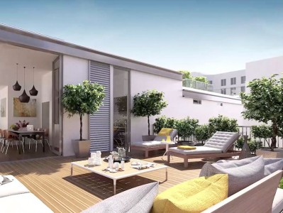 Harmony between light and nature for this exquisite design 3-bedroom duplex 110m2 apartment with 53m2 terrace in the heart of the Latin Quarter