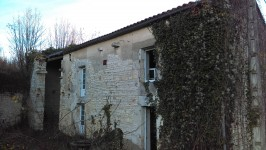 French property for sale in MANSLE, Charente - €56,000 - photo 2