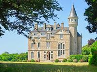 chateau for sale in TREGUNCFinistere Brittany