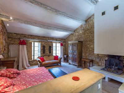 Plan de la Tour.  Stunning 17th century stone villa.