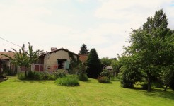 French property for sale in VOUZAN, Charente - €162,000 - photo 10