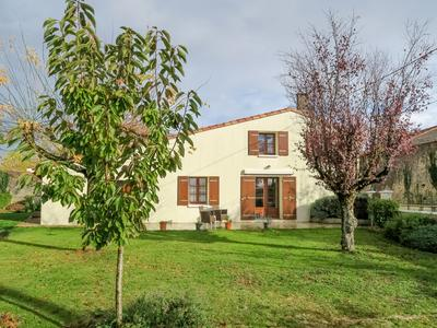 French property, houses and homes for sale in LES TOUCHES DE PERIGNY Charente_Maritime Poitou_Charentes