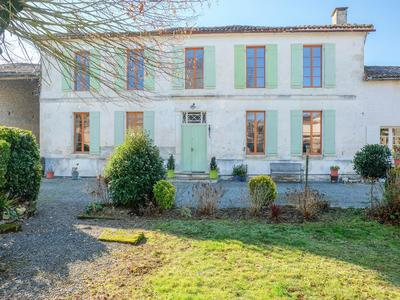 French property, houses and homes for sale in VARAIZE Charente_Maritime Poitou_Charentes
