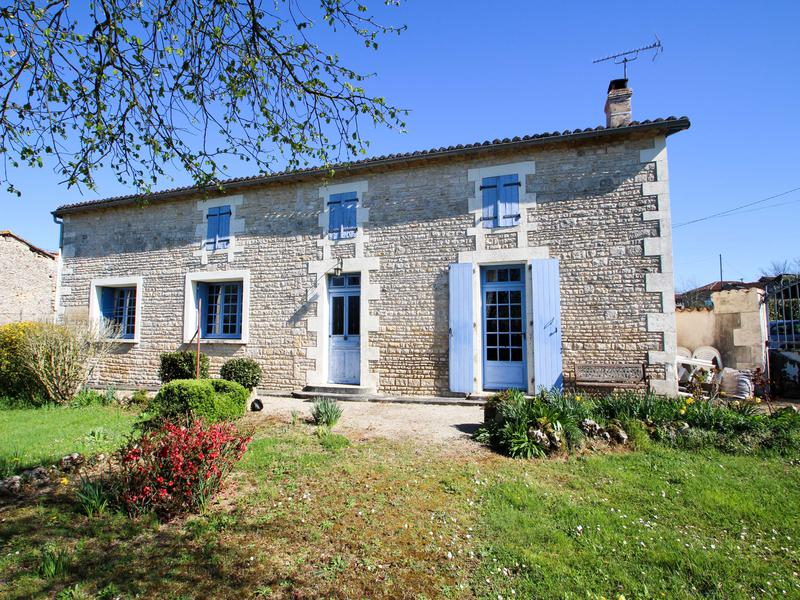 House for sale in st front charente stone cottage in for Houses for under 100k near me