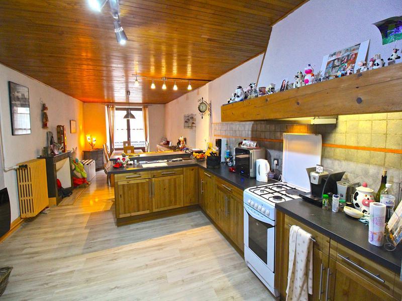 appartement vendre en rhone alpes isere le bourg d oisans appartement duplex tr s spacieux. Black Bedroom Furniture Sets. Home Design Ideas