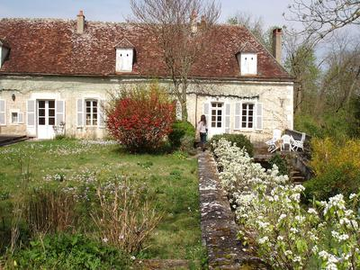 French property, houses and homes for sale in ESCOLIVES STE CAMILLE Yonne Bourgogne