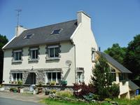 houses and homes for sale inHUELGOATFinistere Brittany