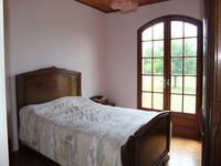 Maison à vendre à MONTIGNAC CHARENTE en Charente - photo 8
