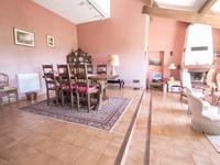 French property for sale in MONTAUROUX, Var - €598,000 - photo 3