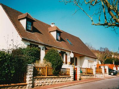 French property, houses and homes for sale in BRENOUILLE Oise Picardie