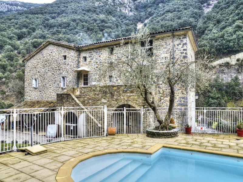 maison a vendre dans le gard avec piscine avie home With villa a louer en provence avec piscine 6 villa avec piscine vue panoramique maisons 224 louer 224