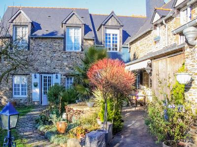 French property, houses and homes for sale in ST MELOIR DES ONDES Ille_et_Vilaine Brittany