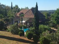 French property for sale in MONTGESTY, Lot - €583,000 - photo 2