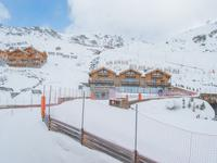 French property for sale in Val Thorens, Savoie - €1,596,000 - photo 8