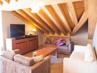 French property for sale in Val Thorens, Savoie - €1,480,500 - photo 4