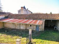 French property for sale in COURCOME, Charente - €99,000 - photo 4