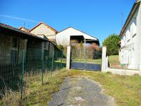 French property for sale in COURCOME, Charente - €99,000 - photo 2