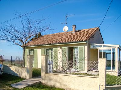 French property, houses and homes for sale in ST MEARD DE GURCON Gironde Aquitaine