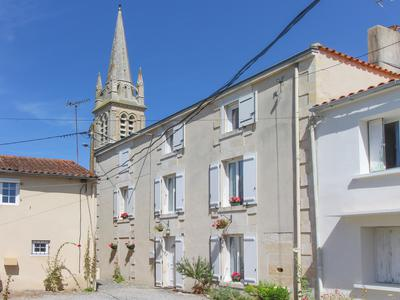 French property, houses and homes for sale in ST HILAIRE LA PALUD Deux_Sevres Poitou_Charentes