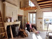 Maison à vendre à BURIE en Charente Maritime - photo 6