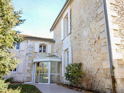 French property, houses and homes for sale in ROULLET ST ESTEPHE Charente Poitou_Charentes