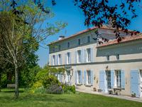 Maison à vendre à Cognac/Angouleme, Charente_Maritime, Poitou_Charentes, avec Leggett Immobilier