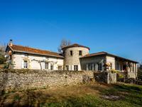 Maison à vendre à NONTRON, Dordogne, Aquitaine, avec Leggett Immobilier