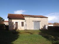 French property, houses and homes for sale in FONTCLAIREAU Charente Poitou_Charentes