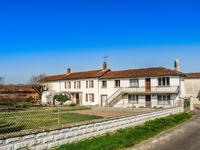 houses and homes for sale inLE BOUCHAGECharente Poitou_Charentes