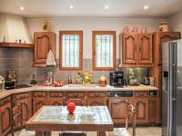 French property for sale in APT, Vaucluse - €279,900 - photo 7