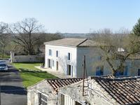 French property for sale in BEAUVAIS SUR MATHA, Charente Maritime - €371,000 - photo 5