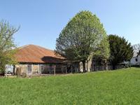 Maison à vendre à MASSIGNAC en Charente - photo 2