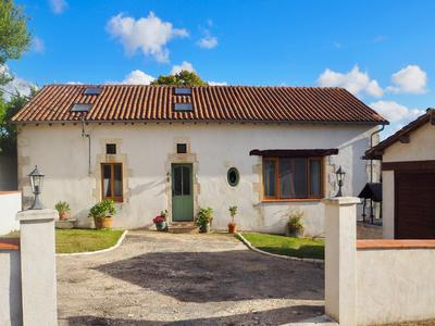French property, houses and homes for sale in JUIGNAC Charente Poitou_Charentes