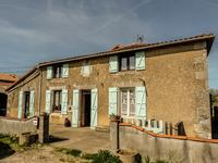 French property for sale in NANTEUIL EN VALLEE, Charente - €109,000 - photo 9