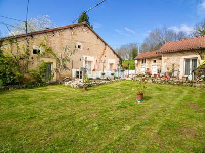 French property, houses and homes for sale in ST FRONT LA RIVIERE Dordogne Aquitaine
