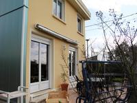 Maison dans lotissement calme dans le bourg d'Issé
