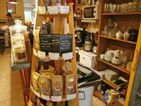 Commerce à vendre à BRANTOME en Dordogne - photo 3
