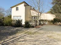 commerce à vendre à VOUVANT, Vendee, Pays_de_la_Loire, avec Leggett Immobilier